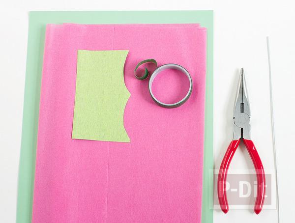 รูป 3 ดอกคาเนชั่น ทำจากกระดาษย่น