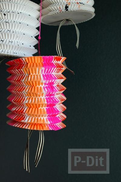 รูป 3 โคมไฟกระดาษ สีสวย ด้วยสีน้ำ