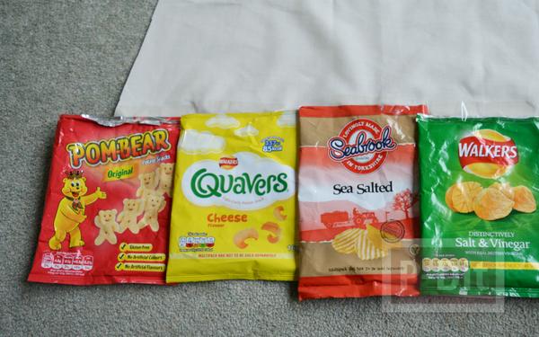 รูป 3 ผ้ากันเปื้อนทำจากถุงขนม