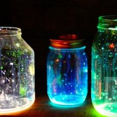 ขวดแก้วส่องแสง ในความมืด
