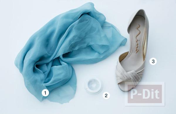รูป 2 รองเท้าคู่สวย ตกแต่งด้วยผ้าสีสวย