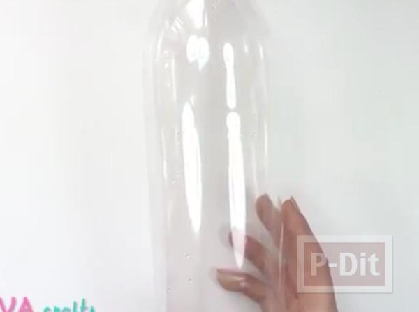 รูป 3 กำไลข้อมือ ทำจากขวดพลาสติก ระบายสีทาเล็บ