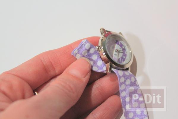 รูป 7 สอนทำสายนาฬิกาข้อมือ จากผ้าสีสวย ลายจุด
