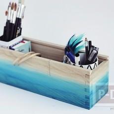 ระบายสีกล่องใส่ดินสอ สีฟ้าใส