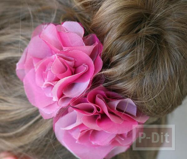 รูป 2 กิ๊บติดผม ทำจากผ้าสีสวย เย็บติดเป็นดอกไม้