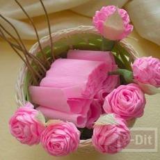 ดอกกุหลาบแสนสวย ทำจากกระดาษย่น