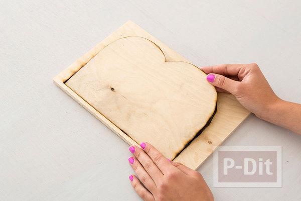 รูป 3 ทำวางหนังสือ จากแผ่นไม้ แกะสลักตัวอักษร