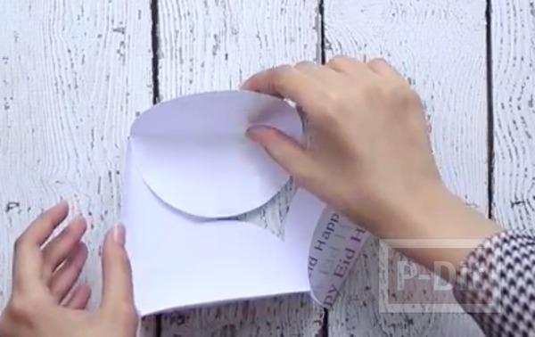 รูป 4 ห่อกล่องของขวัญสวยๆ ทำจากกระดาษวงกลม