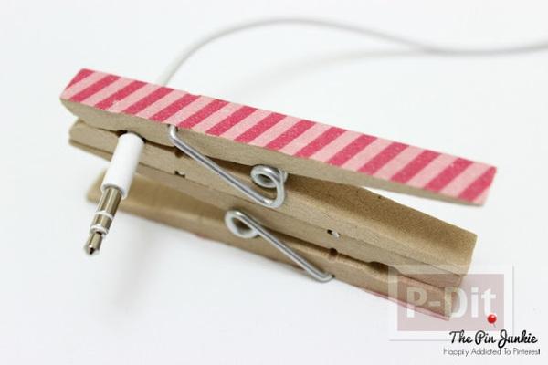 รูป 6 สอนทำที่เก็บหูฟัง จากไม้หนีบผ้าแบบไม้