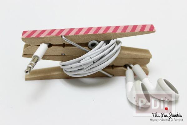 รูป 7 สอนทำที่เก็บหูฟัง จากไม้หนีบผ้าแบบไม้