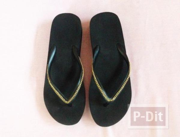 รูป 3 รองเท้าแตะ ตกแต่งสวยๆ ประดับโซ่ ติดกาว
