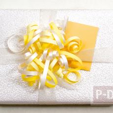 ตกแต่งกล่องของขวัญ ด้วยโบว์สวยๆ ทำจากกระดาษ
