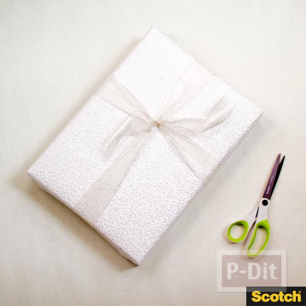 รูป 3 ตกแต่งกล่องของขวัญ ด้วยโบว์สวยๆ ทำจากกระดาษ