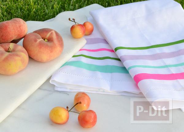 ผ้าเช็ดหน้าลายสวย ระบายสีสด