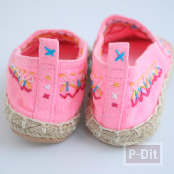 รูป 6 รองเท้าคู่สวย ตกแต่งลายน่ารัก กับด้ายสีสด
