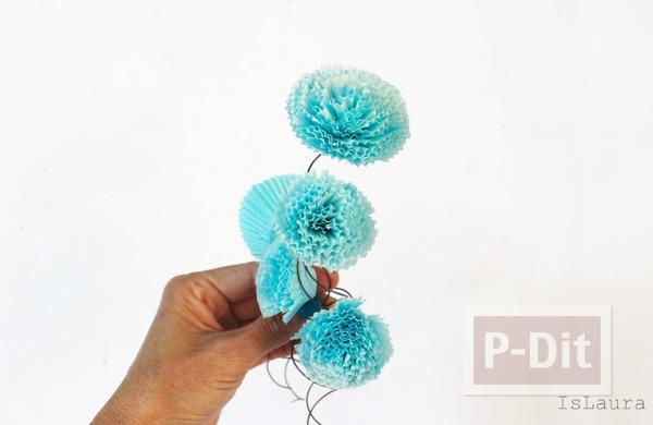 รูป 2 ดอกไม้กระดาษ ทำจากถ้วยคัพเค้ก