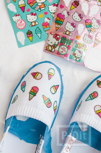 รูป 3 รองเท้าคู่สวย ตกแต่ง พ่นสี ลายไอศกรีม
