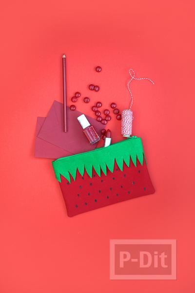 รูป 4 กระเป๋าใส่ของ ตกแต่งลายผลไม้ น่าใช้