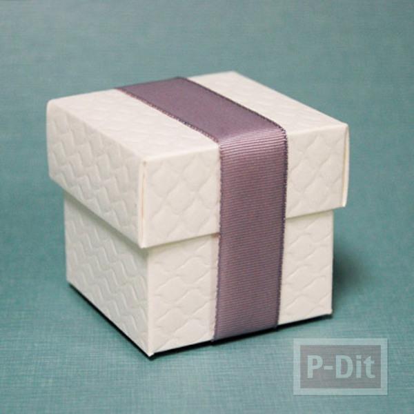 รูป 4 กล่องของขวัญ ตกแต่งประดับกระดุม สีสด