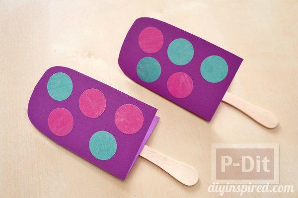 รูป 5 ที่ห้อยกระเป๋าสวยๆ ทำจากกระดาษสีสดใส