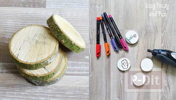 รูป 2 พวงกุญแจ ทำจากไม้ ระบายสีสวย