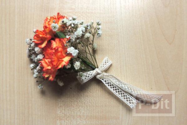รูป 1 สอนจัดช่อดอกไม้ สวยๆ ผูกริบบิ้น