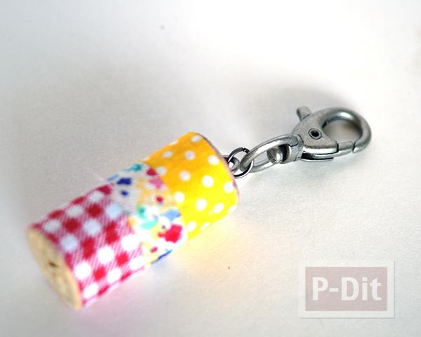 รูป 6 พวงกุญแจไม้ก็อกสวยๆ ประดับสก็อตเทปลายน่ารัก