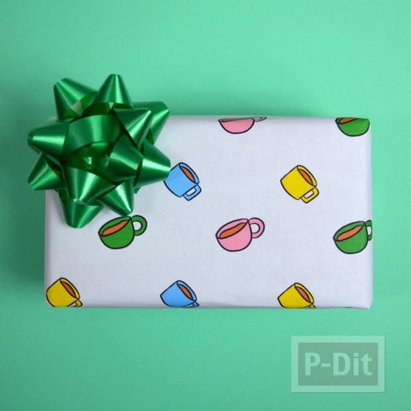 ลายกระดาษห่อของขวัญสวยๆ ลายแก้วน้ำใบเล็กๆ