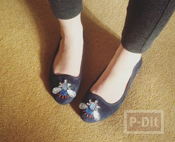 รองเท้าคัชชู ตกแต่งประดับลายสวย