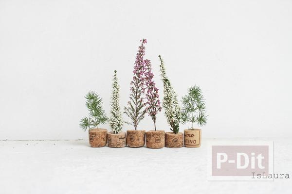 รูป 2 กระถางดอกไม้เล็กๆ ทำจากจุกไวน์