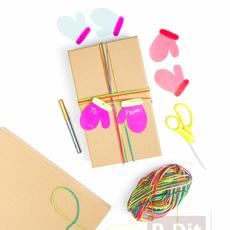 ห่อกล่องของขวัญ สวยๆ ประดับถุงมือกระดาษ