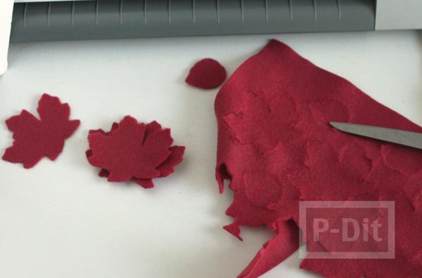 รูป 3 โมบายสวยๆ ทำจากผ้ากำมะหยี่