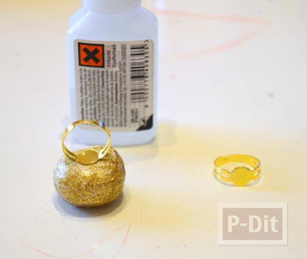 รูป 4 แหวนงานปาร์ตี้สวยๆ ทำจากดินน้ำมัน โรยกากเพชร