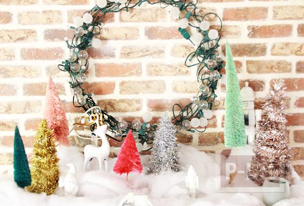 ต้นคริสต์มาส ประดับพู่สีสด พันรอบกรวย