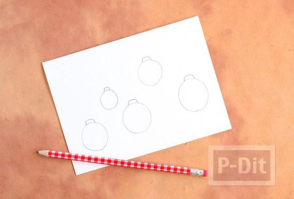 รูป 4 การ์ดคริสต์มาส ลายหลอดไฟ สีสดใส