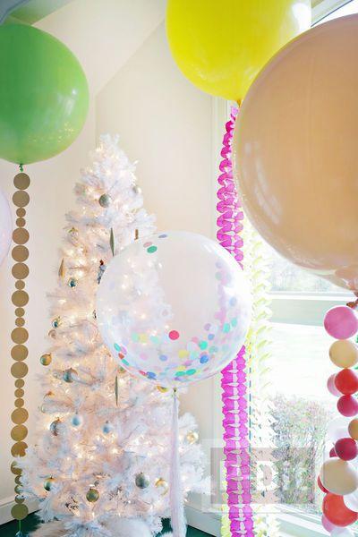 รูป 7 ลูกโป่ง ประดับสีสดใส สวยๆประดับบ้าน