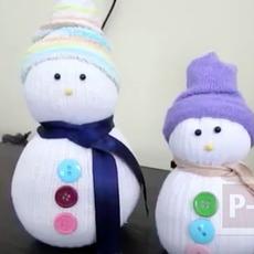 Snow man ทำจากถุงเท้า คู่เก่า