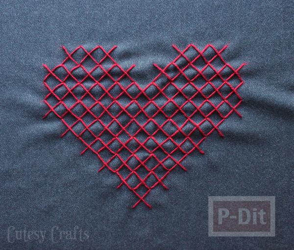 รูป 5 ปลอกหมอนลายหัวใจ สวยๆ เย็บเองแบบง่ายๆ
