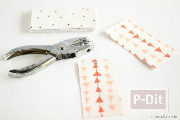 รูป 6 ทำที่คั่นหนังสือสวยๆ จากกระดาษแข็งและผ้าลายสวย