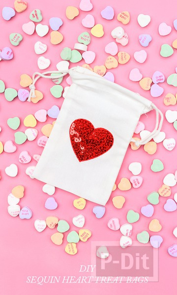 รูป 4 ถุงผ้า ลายหัวใจ ปักเลื่อมสีสด
