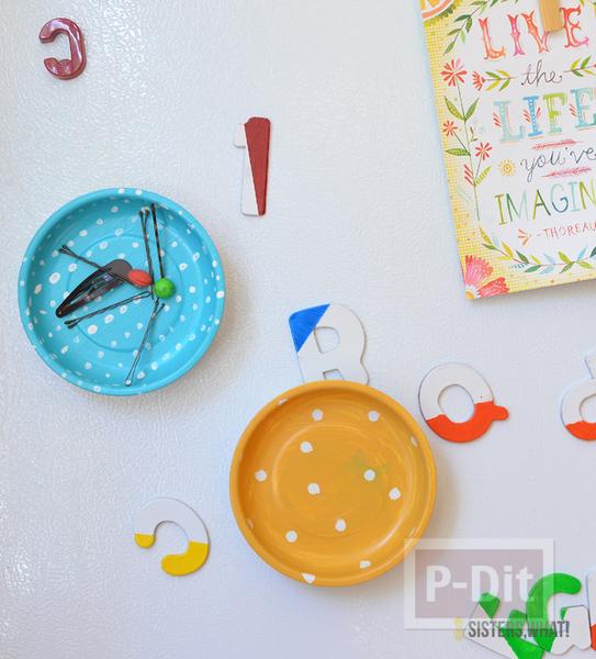 รูป 2 ตกแต่งผนังบ้าน ด้วยจานสังกะสี ทาสีสวย