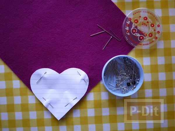 รูป 2 หัวใจผ้า ประดับตัวอักษร ภาษาอังกฤษ