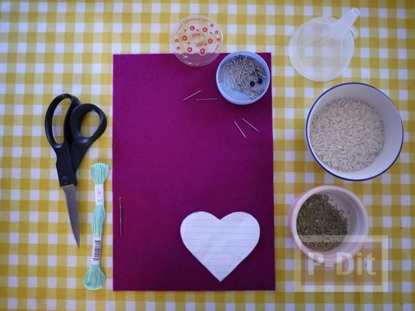 รูป 3 หัวใจผ้า ประดับตัวอักษร ภาษาอังกฤษ