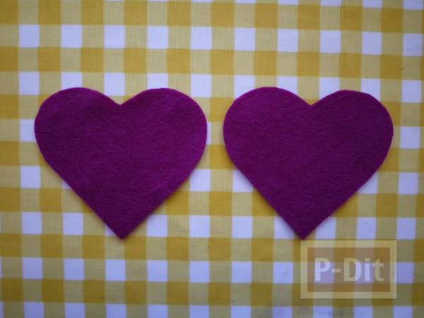 รูป 4 หัวใจผ้า ประดับตัวอักษร ภาษาอังกฤษ