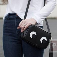 กระเป๋าสะพายสีดำ ระบายตากลมโต น่ารักๆ