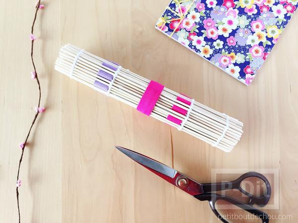 รูป 6 สอนทำที่เก็บ อุปกรณ์ถักร้อย จากแผ่นไม้ไผ่ ทำซูชิ