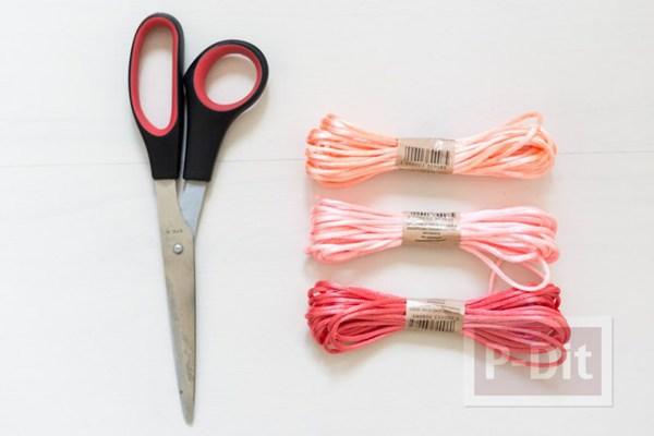 รูป 2 ถุงใส่ผลไม้ ถักเชือก สีสดใส