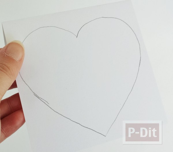 รูป 4 การ์ดรูปหัวใจ เจาะรู ร้อยเชือก