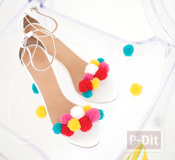 รองเท้ารัดส้นสวยๆ ประดับปอมๆ สีสด