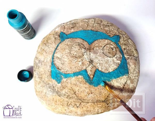 รูป 3 ก้อนหินสีสวย ระบายลายสัตว์ น่ารักๆ